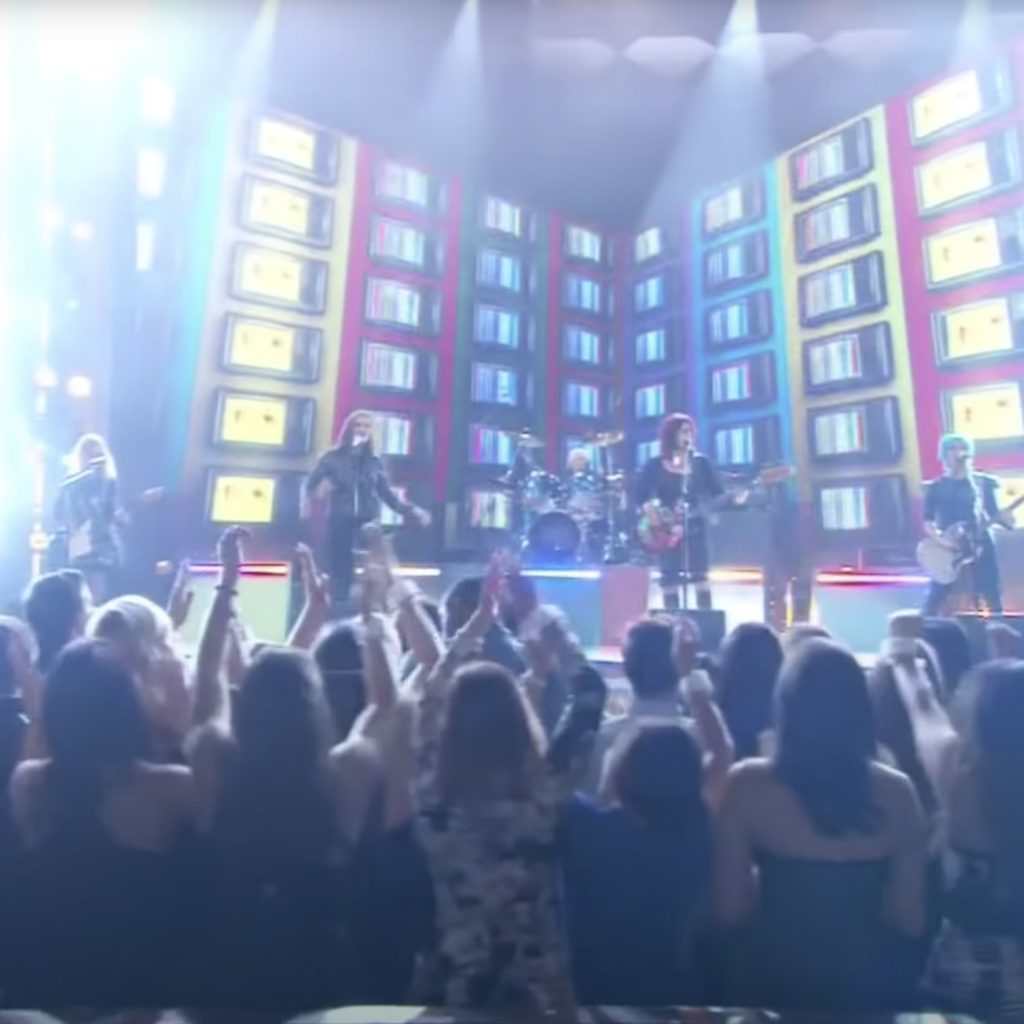 """The Go-Go's Perform """"We Got the Beat"""" at the Billboard Music Awards 2016"""
